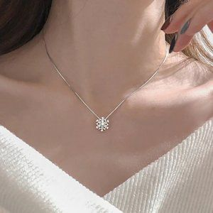 NEW Sterling Silver Diamond Snowflake Necklace A